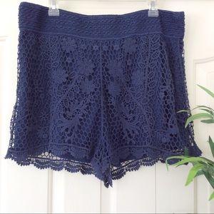 LC Lauren Conrad XL Dark Blue Crochet Shorts